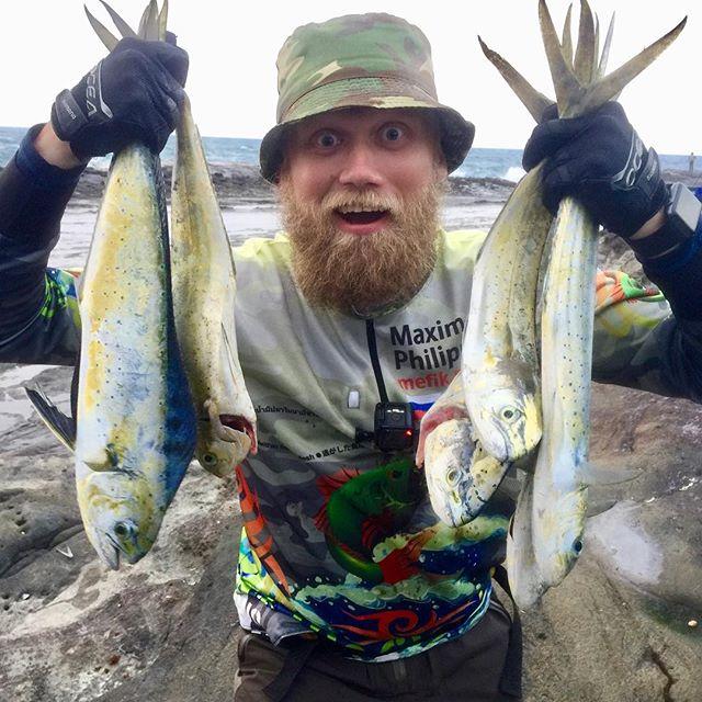 Клёв был огонь! Я наконец-то открылся в 2019! Рыбы маленькие, много отпустил. Crazy bites, I just open 2019 season! Fishes was not big, lot of just released.
