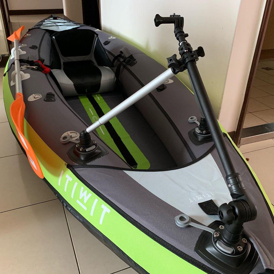 Добавляю фурнитуру на каяк. Дополнительные петли, держатели весёл, крепёж камеры. Upgrade my kayak. Additional hinges, paddle holder and camera tripod mount by @borika.mounts