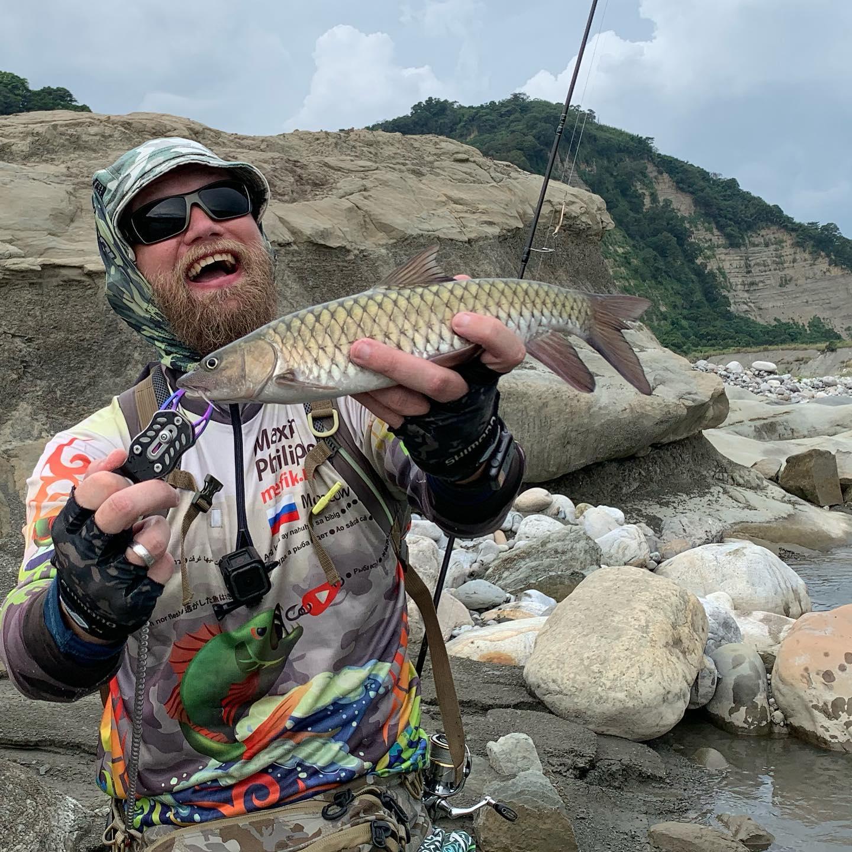 Рыба есть! Got fish!